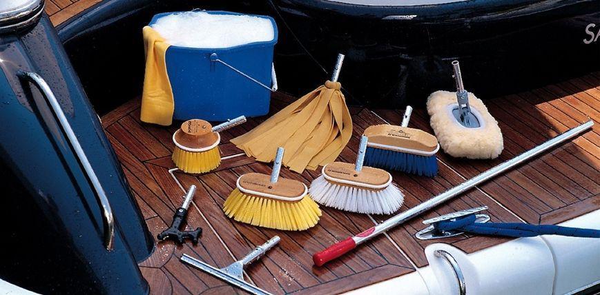Мойка, уборка катеров, яхт, кораблей